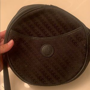 VINTAGE Gucci Canteen Round Bag